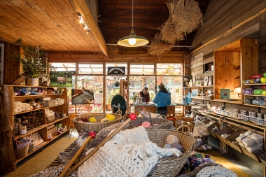 SImmonds_Tarndie Wool Shop_MF_9399-print-A6
