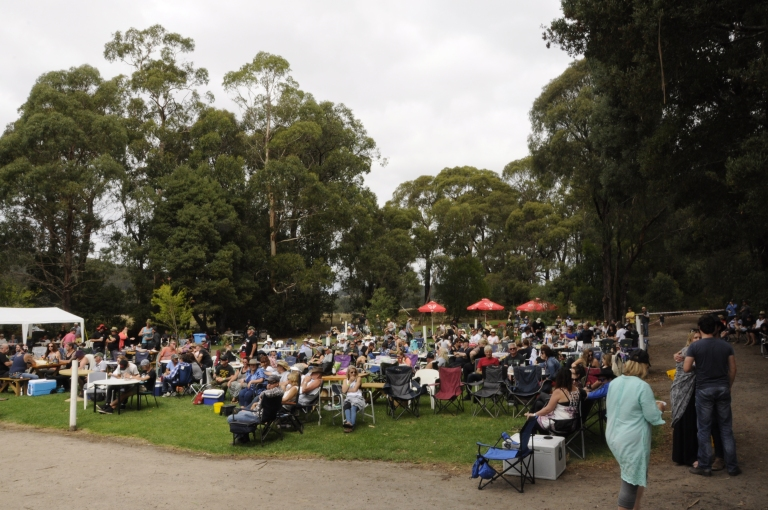 Gellibrand River B&B Festival crowd view